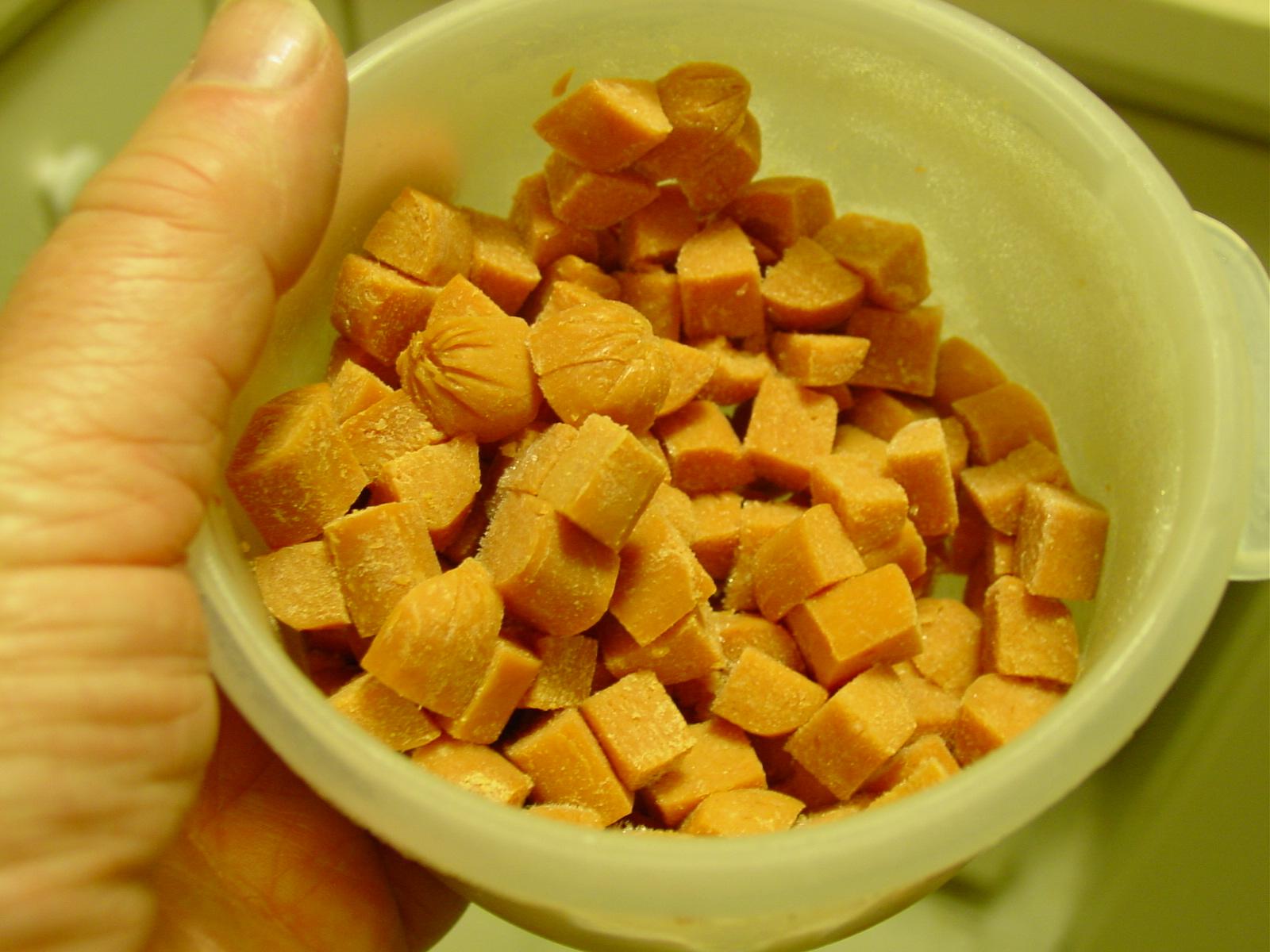 39-7767. Hotdogs cut up into fingernail-size pieces.