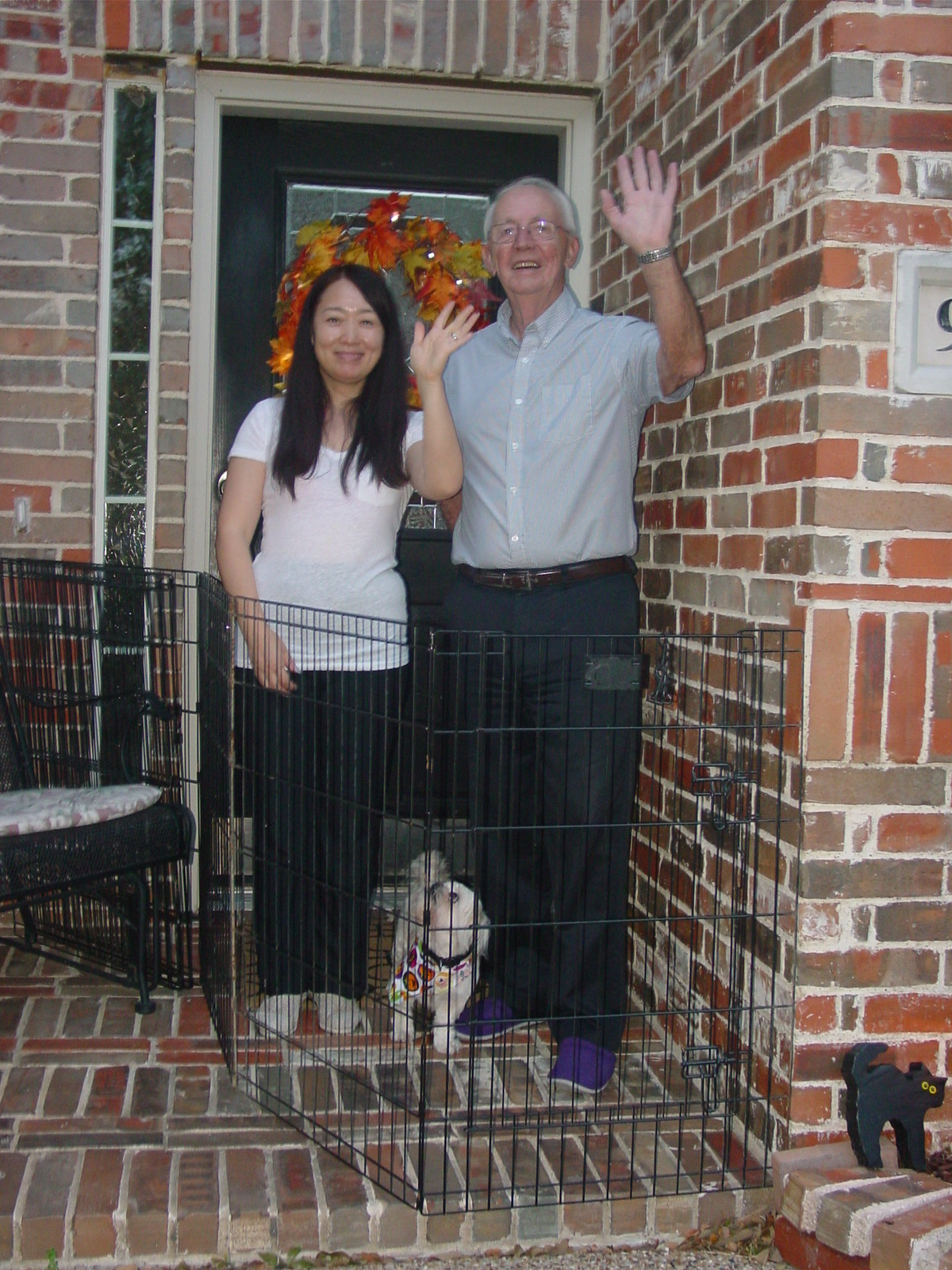 One Solution To Door Dashing Is Install A Doggy Playpen And Gate Outside Your Front Make Sure The Or Closed At All Times